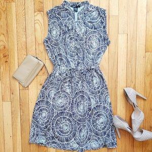 ROBERT LOUIS blue and white sleeveless dress